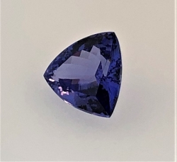 5_78_tanzanite_triangle